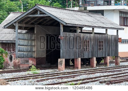 Old Weighing House