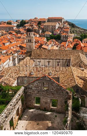 Dubrovnik City View With Tower And Riuned House