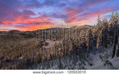 Stormy Winter Vista Of Mount Hood In Oregon, Usa.