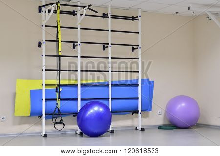 wall bars with fitness balls