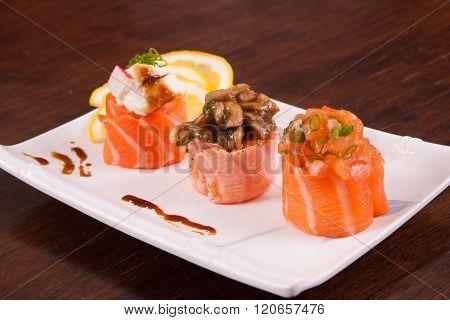 Janponese Salmon Roll