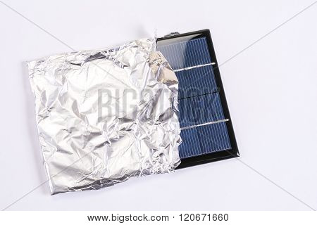 Solar panel on aluminum foil