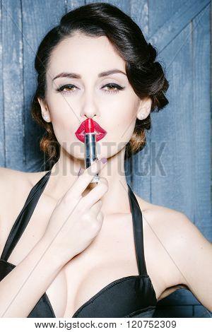 Retro Woman With Lipstick