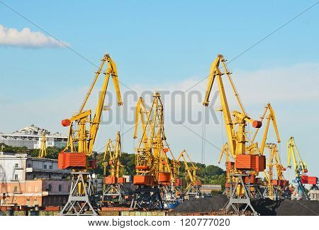 Cargo Crane, Train And Coal