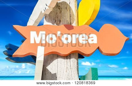 Mo'orea direction sign with beach
