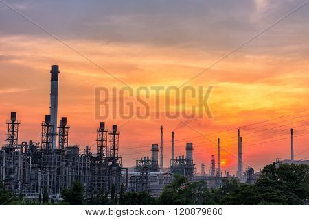 Twilight Of Oil Refinery Plant,sunset Scene.