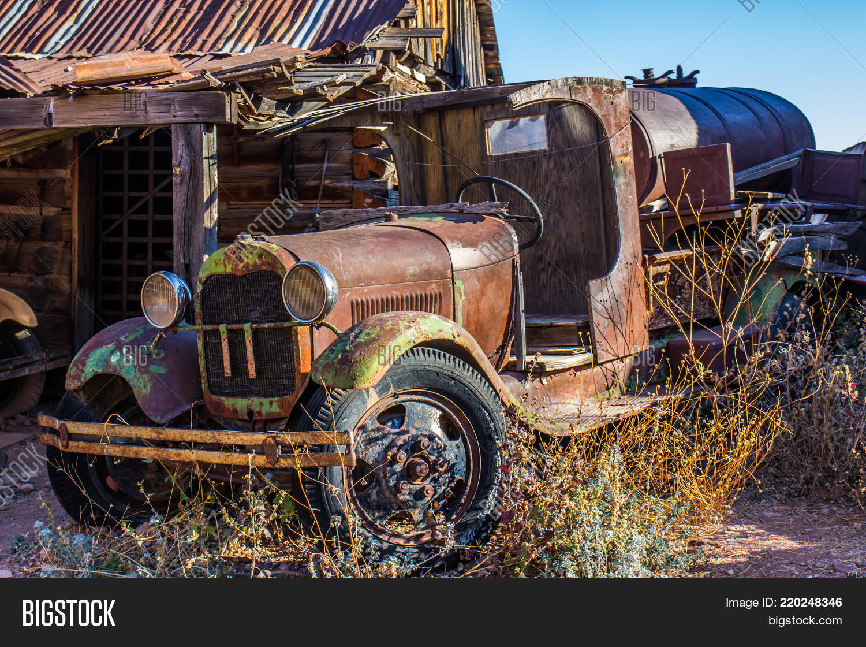Vintage Rusty Water Image & Photo (Free Trial) | Bigstock