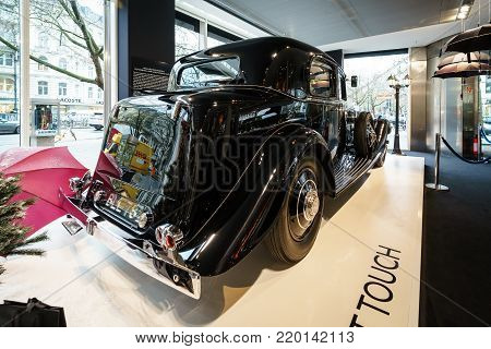 BERLIN - DECEMBER 21, 2017: Showroom. Luxury car Rolls-Royce Phantom II Continental Park Ward Touring Saloon, 1933.