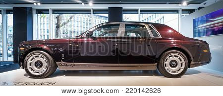 BERLIN - DECEMBER 21, 2017: Showroom. Full-size luxury car Rolls-Royce Phantom VII. Since 2003.