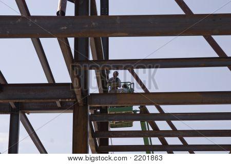 Trabalhadores de aço altos