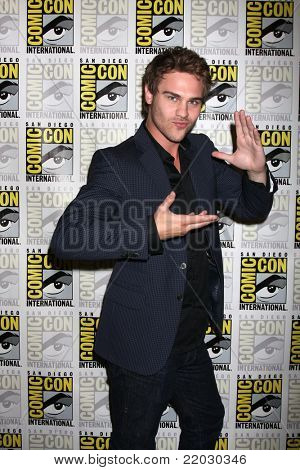 SAN DIEGO - JUL 22:  Grey Damon at the 2011 Comic-Con Convention - Day 2 at San Diego Convention Center on July 22, 2010 in San Diego, CA.