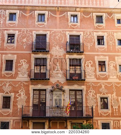 An Elaborate Painted Fascia on Spanish Apartment