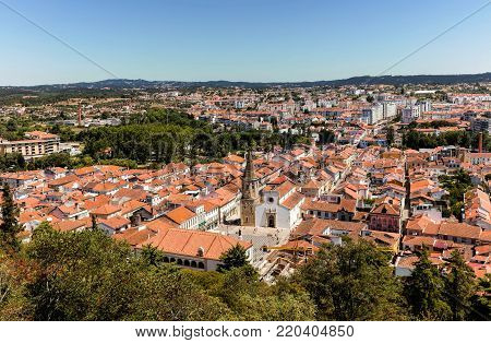 Tomar is one of Portugal's historical jewels and more significantly was the last Templar town to be commissioned for construction.