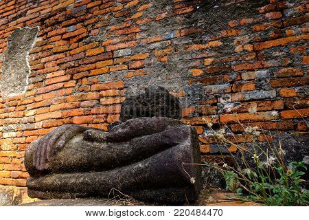 Ancient Buddha Ruins And Old Brick Wall On Ancient Monuments That Are Over 200 Years Old. Wat Nakhon