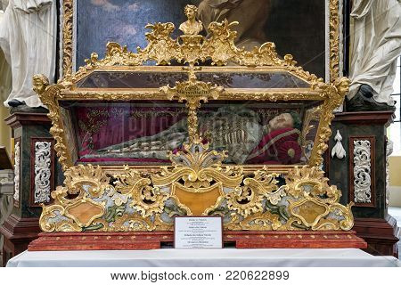 KUTNA HORA, CZECH REPUBLIC - JULY 3: Relics of st.Vincent in church of the Assumption of Our Lady and Saint John the Baptist  on July 3, 2017 in Kutna Hora
