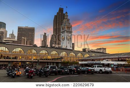 SAN FRANCISCO, CALIFORNIA, USA - OCTOBER 26, 2017: Ferry building in San Francisco at sunset time