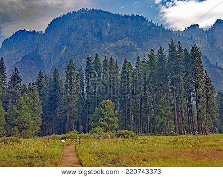 Hike at Yosemite Yalley at Yosemite National Park California