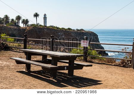 Rancho Palos Verdes, California - September 9, 2017:  A Picnic Table On The Seascape Trail At The Po