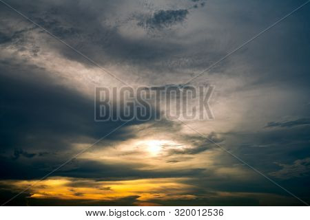 Beautiful Sunrise Sky. Golden, Grey, And White Sky. Colorful Sunrise. Art Picture Of Sky At Sunrise.