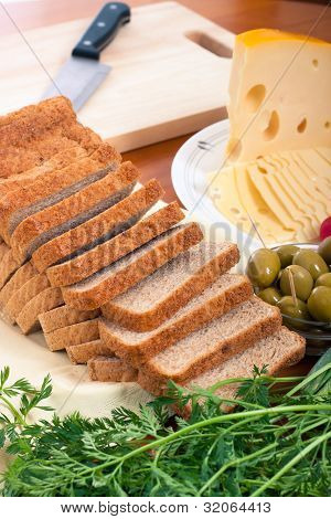 Bread, Emmenthal Cheese, Chopping Board
