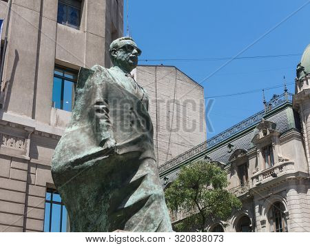 Santiago De Chile, Chile - January 26, 2018: Monument To Chilean Statesman And Political Figure. Sal