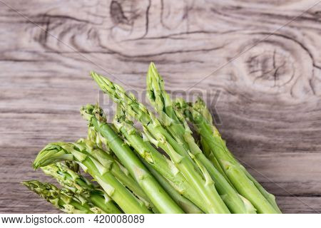 Fresh Asparagus. Bunch Of Fresh Ripe Green Asparagus Organic Vegetables Ready To Cook. Group Of Fres