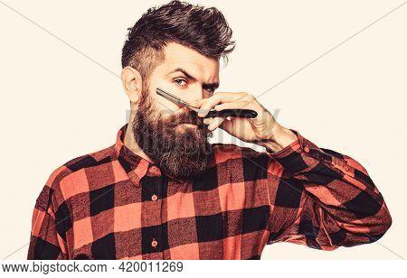 Vintage Straight Razor. Mens Haircut In Barber Shop. Barber Straight Razor, Barber Shop