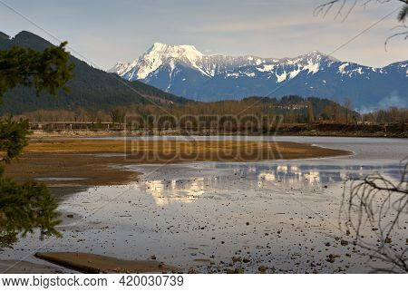 Harrison River And Mount Cheam Fraser Valley. The Harrison River In The Fraser Valley With Mount Che