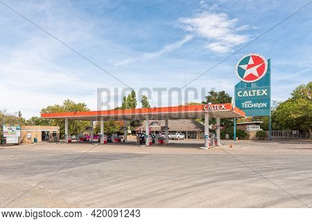 Richmond, South Africa - April 2, 2021: A Gas Station And Lodge In Richmond In The Northern Cape Kar