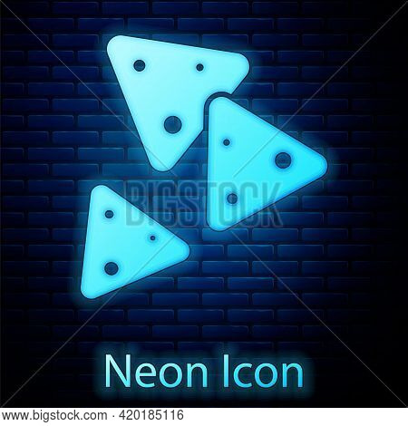 Glowing Neon Nachos Icon Isolated On Brick Wall Background. Tortilla Chips Or Nachos Tortillas. Trad
