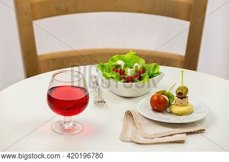 Gourmet Restaurant Based On Tomatoes And Canapes With Cheese, Prestigious Party Service. Food And Dr