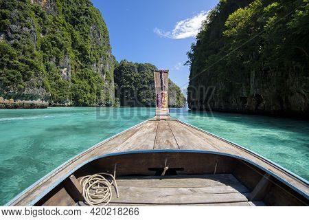View Of Thai Traditional Longtail Boat Over Clear Sea And Sky In The Sunny Day, Phi Phi Islands, Tha