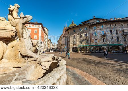 Trento, Italy - March 8, 2020: Cathedral Square In Trento Downtown (piazza Del Duomo) With The Fount
