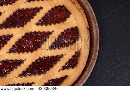 Strawberry jam pie. Round Big Jam Pie
