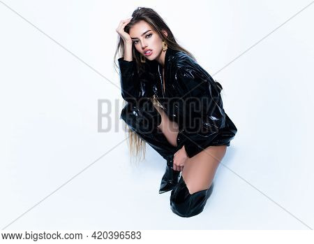 Vogue Sexy Female Girl. Fashion Beautiful Elegant Young Woman. Seductive Model Female.