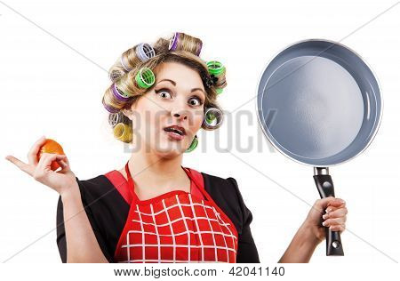 Pinup Style Housewife With Pan