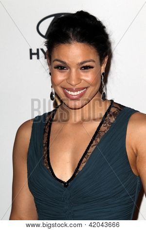 LOS ANGELES - FEB 9:  Jordin Sparks arrives at the Clive Davis 2013 Pre-GRAMMY Gala at the Beverly Hilton Hotel on February 9, 2013 in Beverly Hills, CA