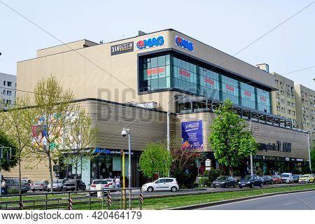 Bucharest, Romania - 1 May 2021: Galeriile Titan Supermarket In Titan Neighborhood In A Cloudy Morni
