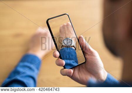 Try Virtual Fashion Watch Or Wristwatch On Hand Using Ar App