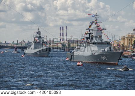 Saint Petersburg, Russia - July 30, 2017: Russian Warships In The Water Area Of The Neva. Navy Day I