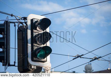 Green Light On A Traffic Light Abiding By European Standard Regulations Taken At A Crossroad, Indica