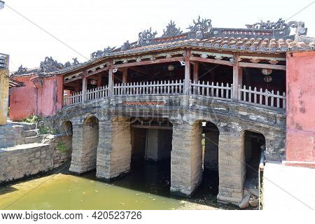 Hoi An, Vietnam, May 15, 2021: View Of The Japanese Bridge In Hoi An, Vietnam. One Of The Most Emble