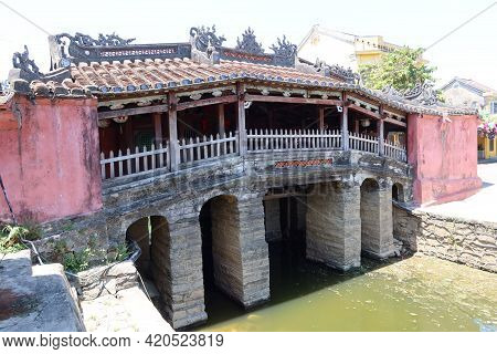Hoi An, Vietnam, May 15, 2021: The Famous Japanese Bridge In Hoi An, Vietnam. One Of The Most Emblem