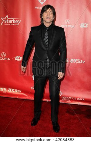 LOS ANGELES - FEB 8:  John Rzeznik arrives at the 2013 MusiCares Person Of The Year Gala Honoring Bruce Springsteen  at the Los Angeles Convention Center on February 8, 2013 in Los Angeles, CA