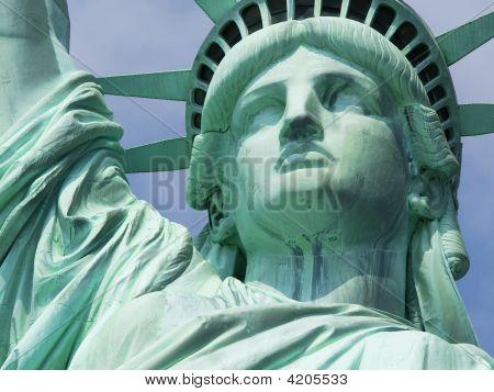 New York  Statue Of Liberty Super Crop 01 All