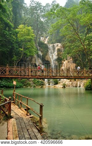 Laotian People Foreign Travelers Travel Visit On Wooden Bridge For Looking And Take Photo At Viewpoi