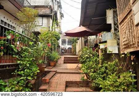 Footpath Way On Small Alley For Laotian People Foreign Travelers Travel Visit Walking Travel Visit A