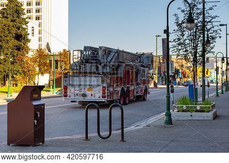 Anchorage, Alaska, Usa - 30 September 2016: Fire Brigade Car On Streets, Anchorage. Fire Dept.