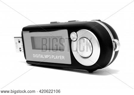 São Paulo Brazil. May 24, 2009: Mp3 Player On White Background. Technology From The 2000s. Isolated