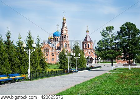 Russia, Novocheboksarsk, 09.05.2021 The Cathedral Of The Holy Equal-to-the-apostles Prince Vladimir,